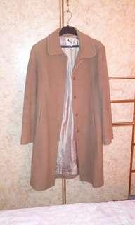 駝色長大衣