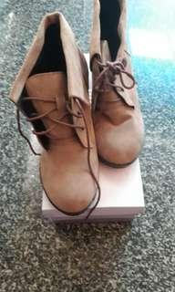 🚚 全新短靴