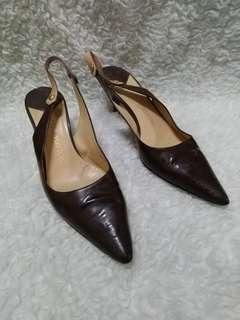 Louis Vuitton size 37.5 with date code