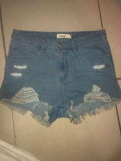 SM DEPARTMENT STORE TRUE LOVE DENIM SHORTS FITS XS TO MEDIUM