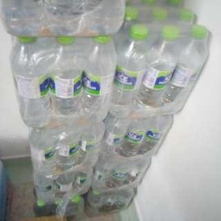 F&n ice mountain mineral water 12 piece 700 mil