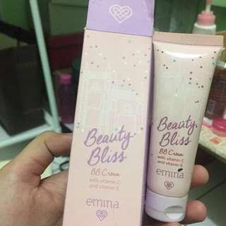 bb cream Emina shade light