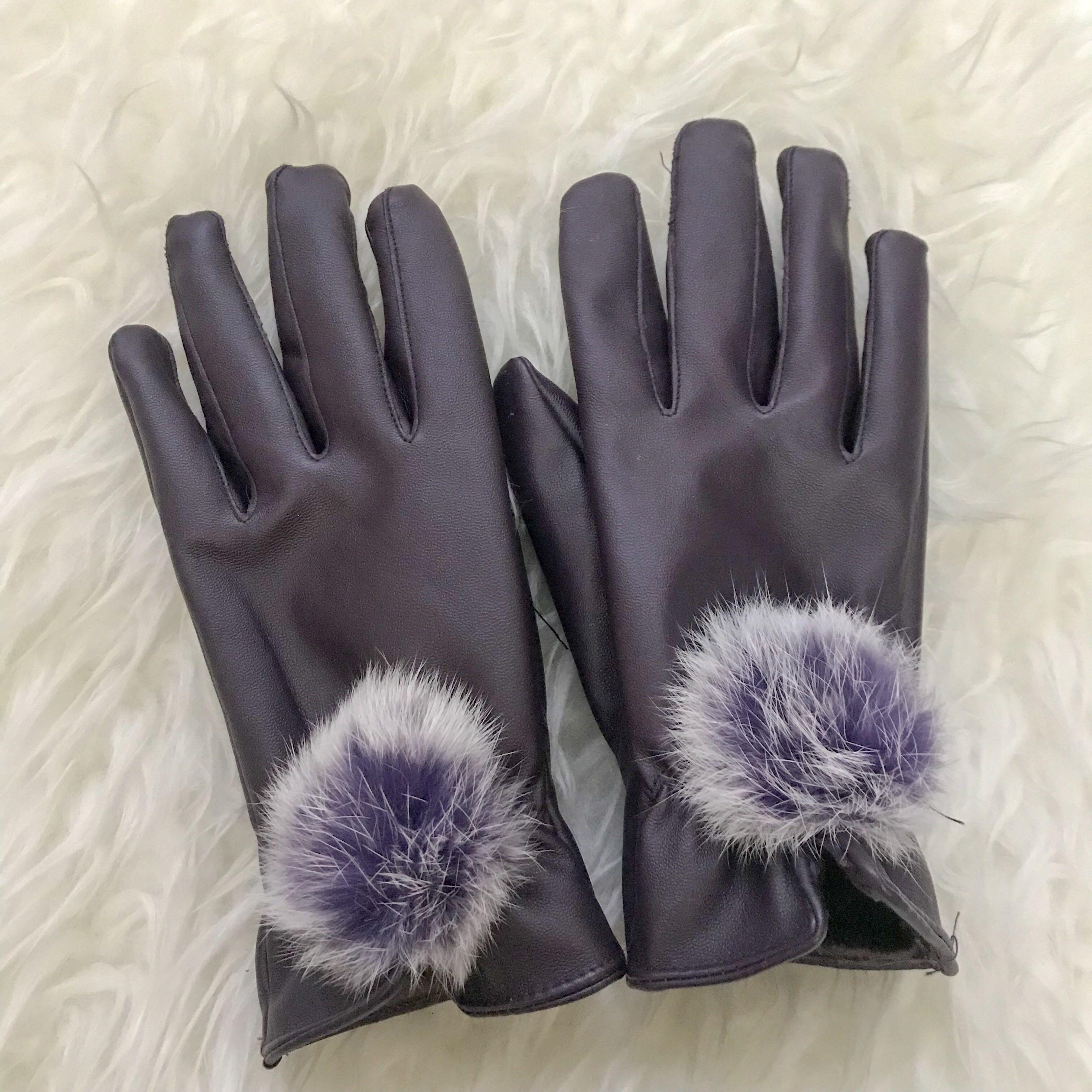 Dark Purple Pom Pom Sarung Tangan Winter // Gloves
