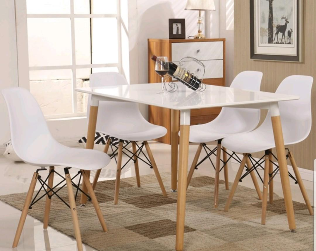 Eames Dining Table With 4 Chairs Home