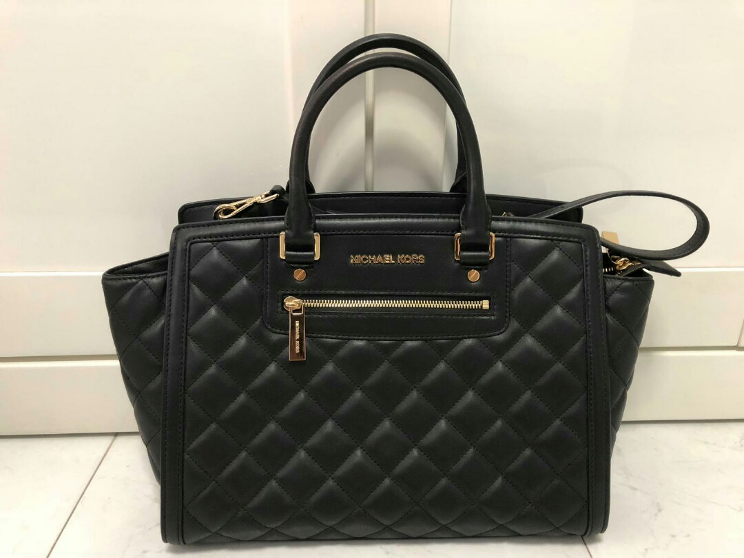 39216213f4fc Lightly used Michael Kors Quilted bag, Luxury, Bags & Wallets ...