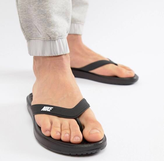 new product f4322 ea594 Nike Solay Flip Flops, Men s Fashion, Footwear, Slippers   Sandals on  Carousell