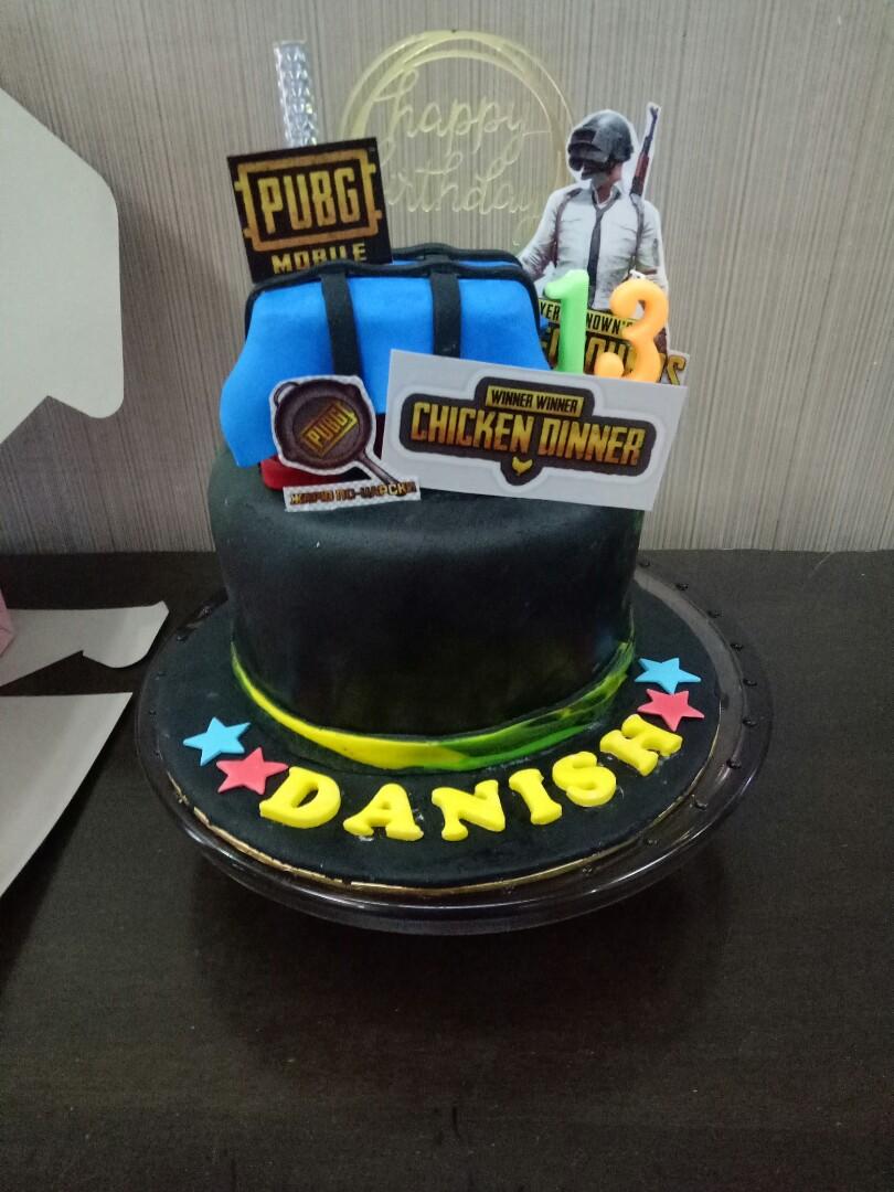 Pubg Theme Birthday Cake Food Drinks Baked Goods On Carousell