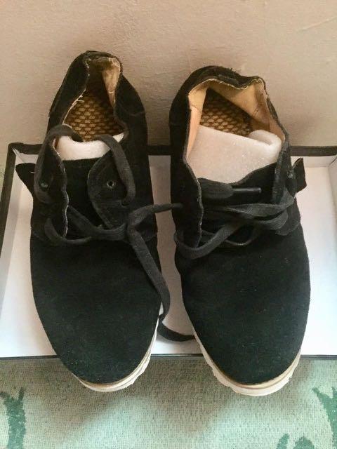 Sepatu kulit import 812043c738