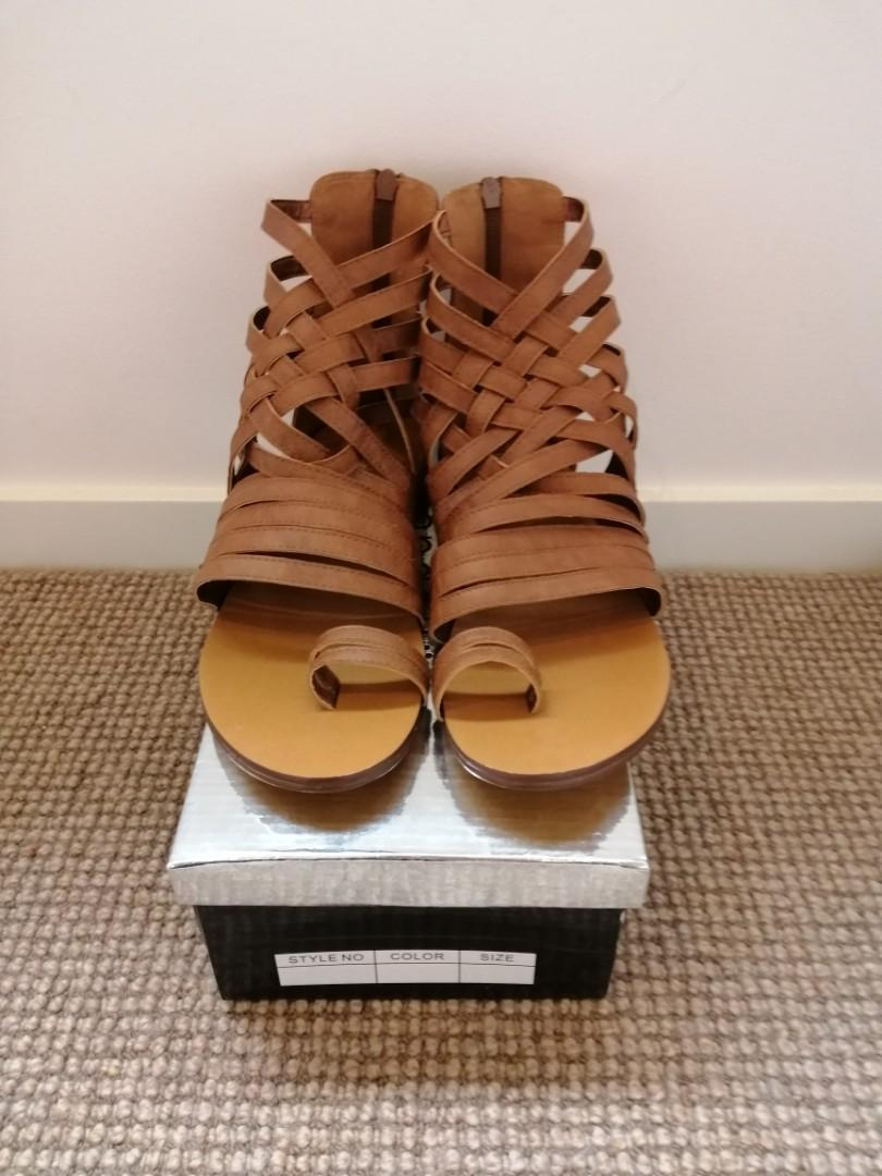 tan brown NEW IN BOX us 8  strappy flat summer sandals  $60