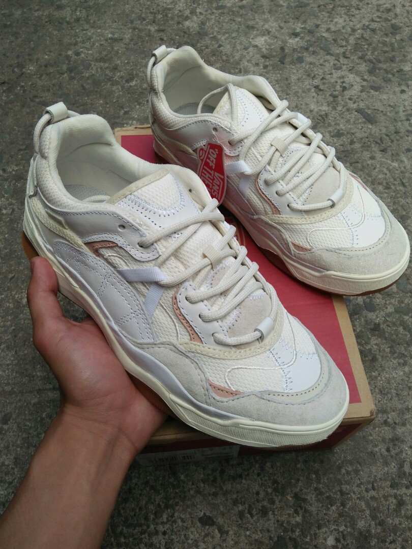 7f81a4d75fad1f Vans Varix WC True White Marsh