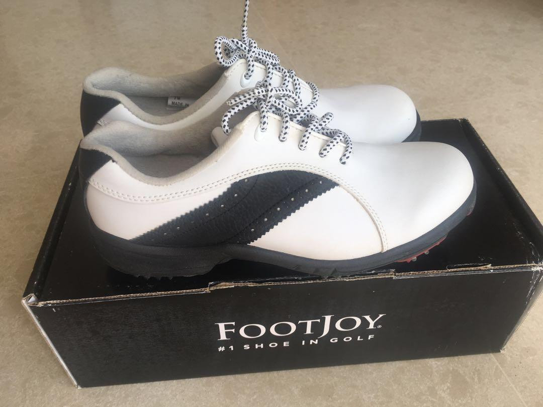 Woman Golf shoes (size 7M), Sports