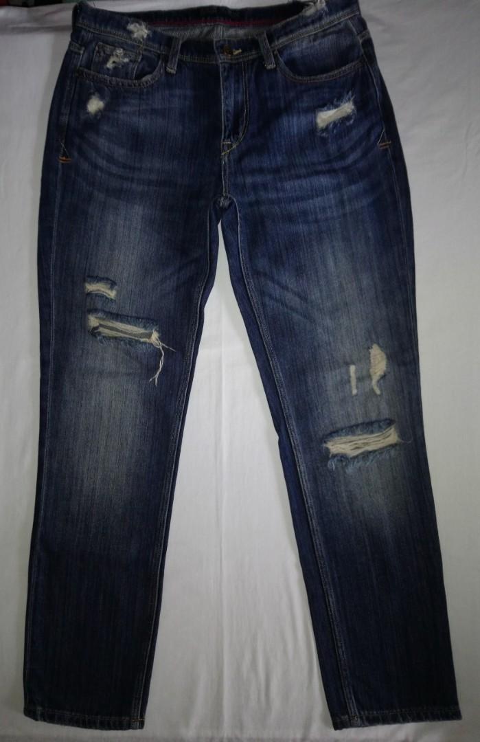 855eb372 ZARA Men Distress Jeans (size 30-32), Men's Fashion, Clothes, Bottoms on  Carousell