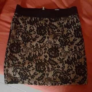 🚚 BN H&M Lace Skirt