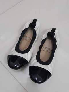 White dollshoes
