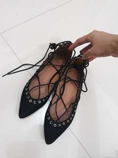 Primadonna laced up flats