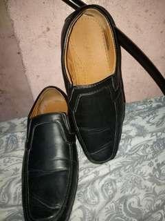 Milanos Mens Willie Black Shoes (Black)