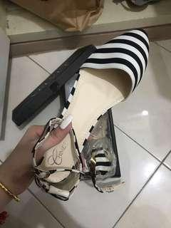 Black and white stripes sandals (office)