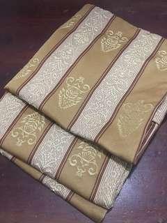 golden throw pillow case