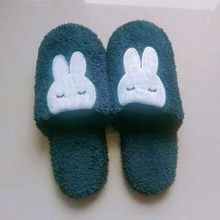 🚚 毛茸茸保暖室內拖鞋
