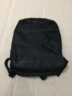 Tas Backpack Uniqlo U