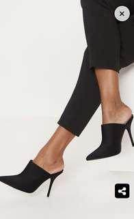 BN with box PLT Black Point Toe Mule