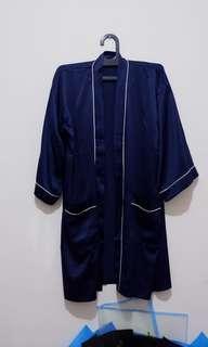 Outwear cardigan silk biru dongker dark blue
