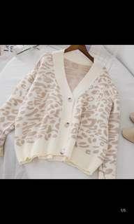 🚚 豹紋針織外套