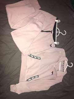 PINK sweatsuit (M)