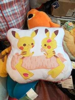 比卡超 pokemon center 春天咕𠱸 cushion