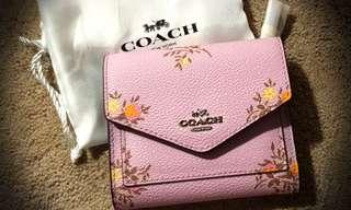 🚚 ATHUENTIC Brand New COACH wallet (short)