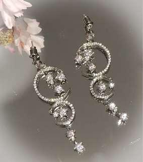 Gorgeous Dazzling Moon And Star Drop Earrings