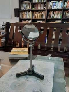 🚚 早期實驗室立鏡