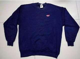 Red winga sweater
