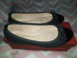 Preloved Otto Doll Shoes