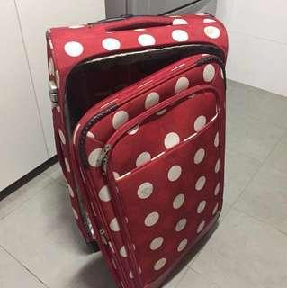 🚚 Luggge check in medium size red color + FREE small luggage