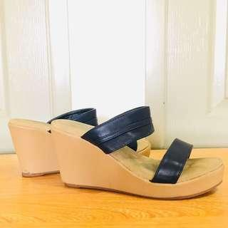 Navy Blue Wedge Size 7