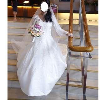 Elegant Simple Wedding Gown