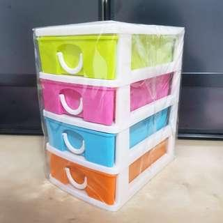 Small Plastic Drawers (Whole: 15cm, Drawer: 2.5cm x 12cm)