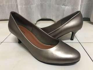 [Size 7] Vincci High Heels Shoes #DEC30