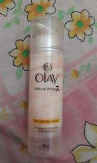Olay natural white 7 in 1 (fairness cream + serum swirl)