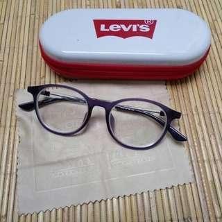 Kacamata Levis Second