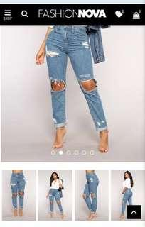 Fashion nova ripped boyfriend jeans