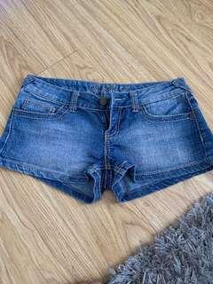 Demin short