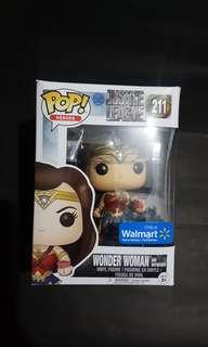 Exclusive Wonder Woman and Motherbox