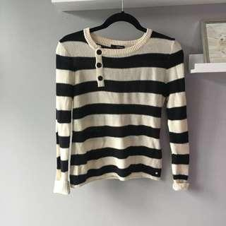 Sz. M O'Neill Striped Sweater