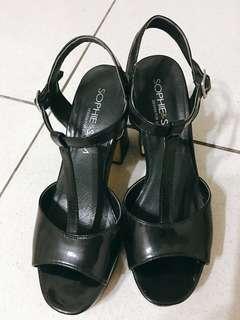 SOPHIE&SAM 黑色粗跟7公分設計款高跟涼鞋