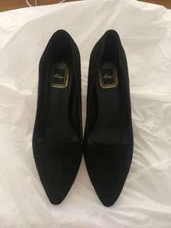 Kagui black shoes