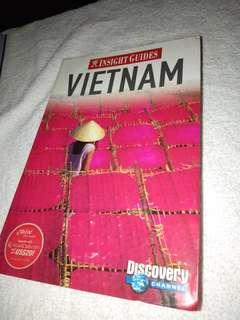 BOOK - INSIGHT GUIDES: VIETNAM