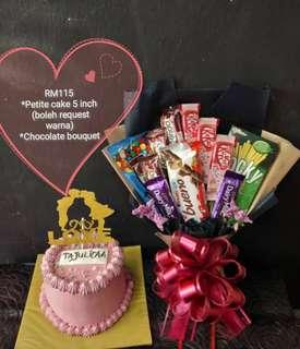 Suprise Bouquet with cake