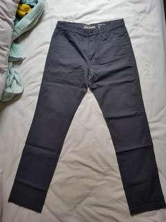 Celana panjang merk Giordano asli